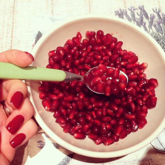#detox #instapic #deepred #tasty #delicious #pomegranate